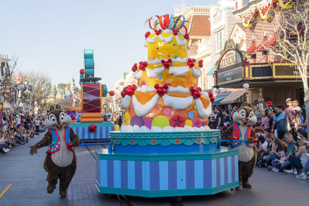 Chip and Dale with new float in Mickey's Soundsational Parade